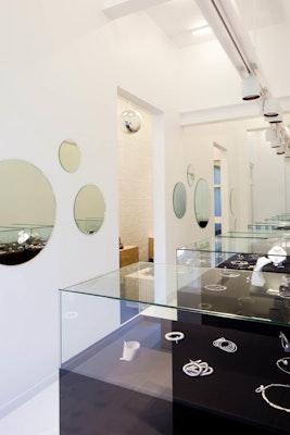 Kwesto jewellery