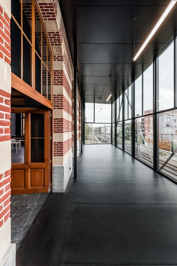 Station Laken copyright b architecten 11